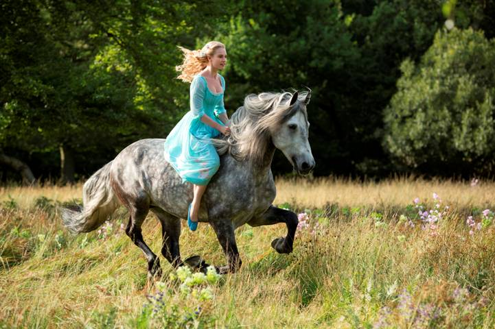 First Image Released from Disney's Live Action Cinderella Movie