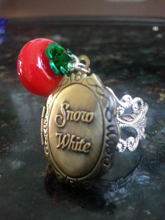 Disney Snow White Locket Ring with Poison Apple