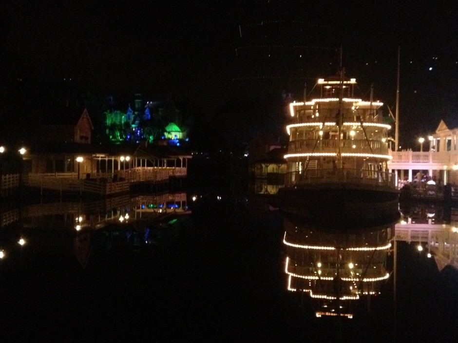 2013 Mickey's not so scary halloween party magic kingdom river boat haunted mansion