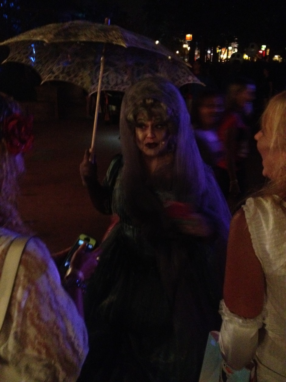 2013 Mickey's not so scary halloween party magic kingdom haunted mansion carlotta