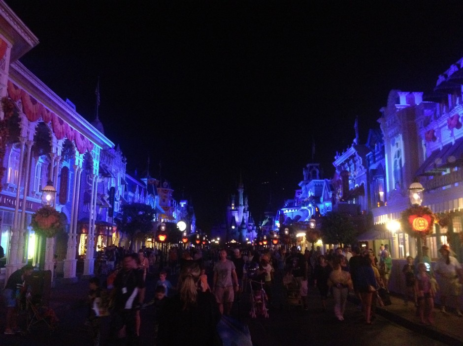 2013 Mickey's not so scary halloween party magic kingdom main street castle