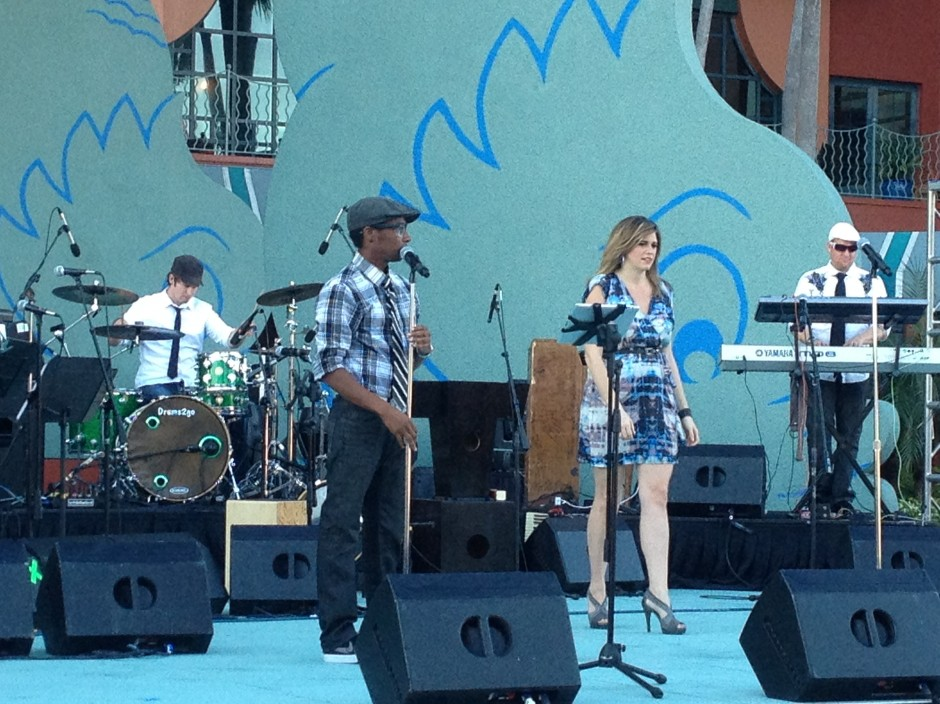 2013 disney swan dolphin food wine classic live band