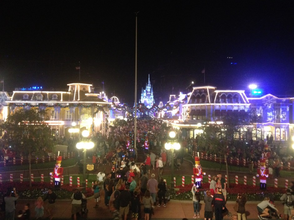 2013 mickeys very merry christmas party main street usa