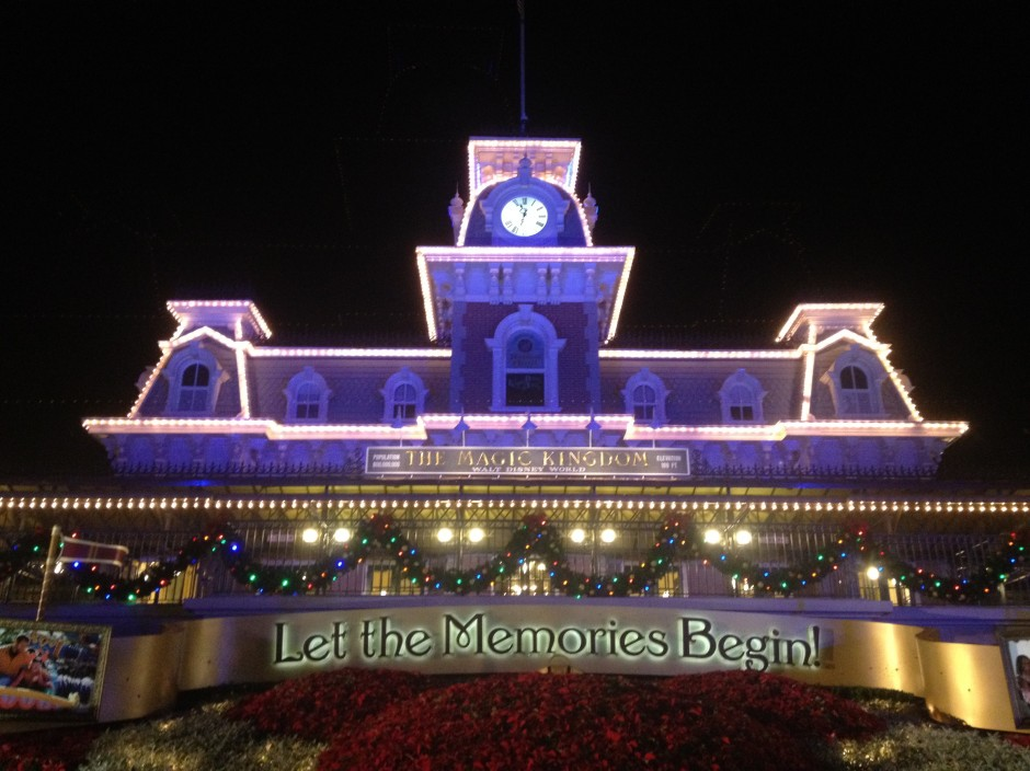 disney magic kingdom mickey's very merry christmas party main street train station