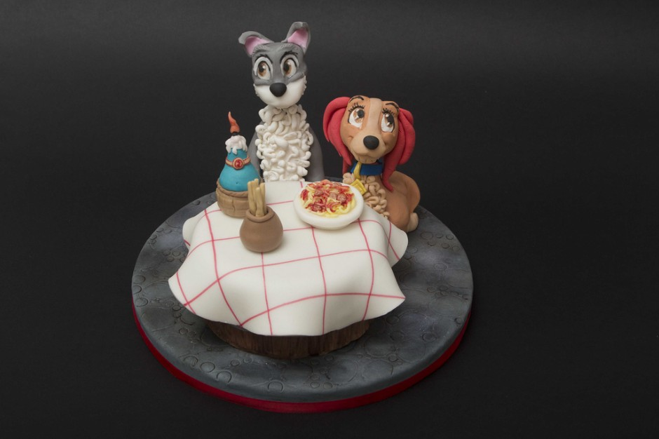 Disney Lady and the Tramp Cake