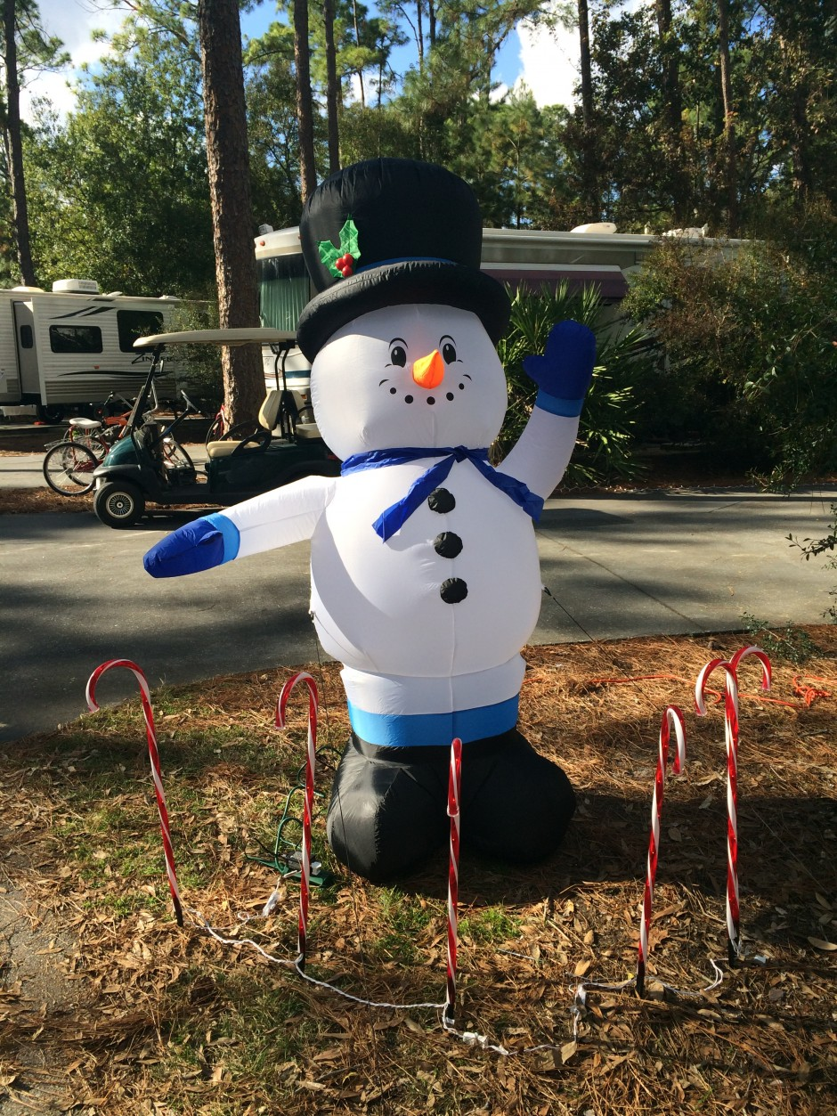 Meacham's RV Disney Fort Wilderness Resort Camper Snowman Christmas Decoration