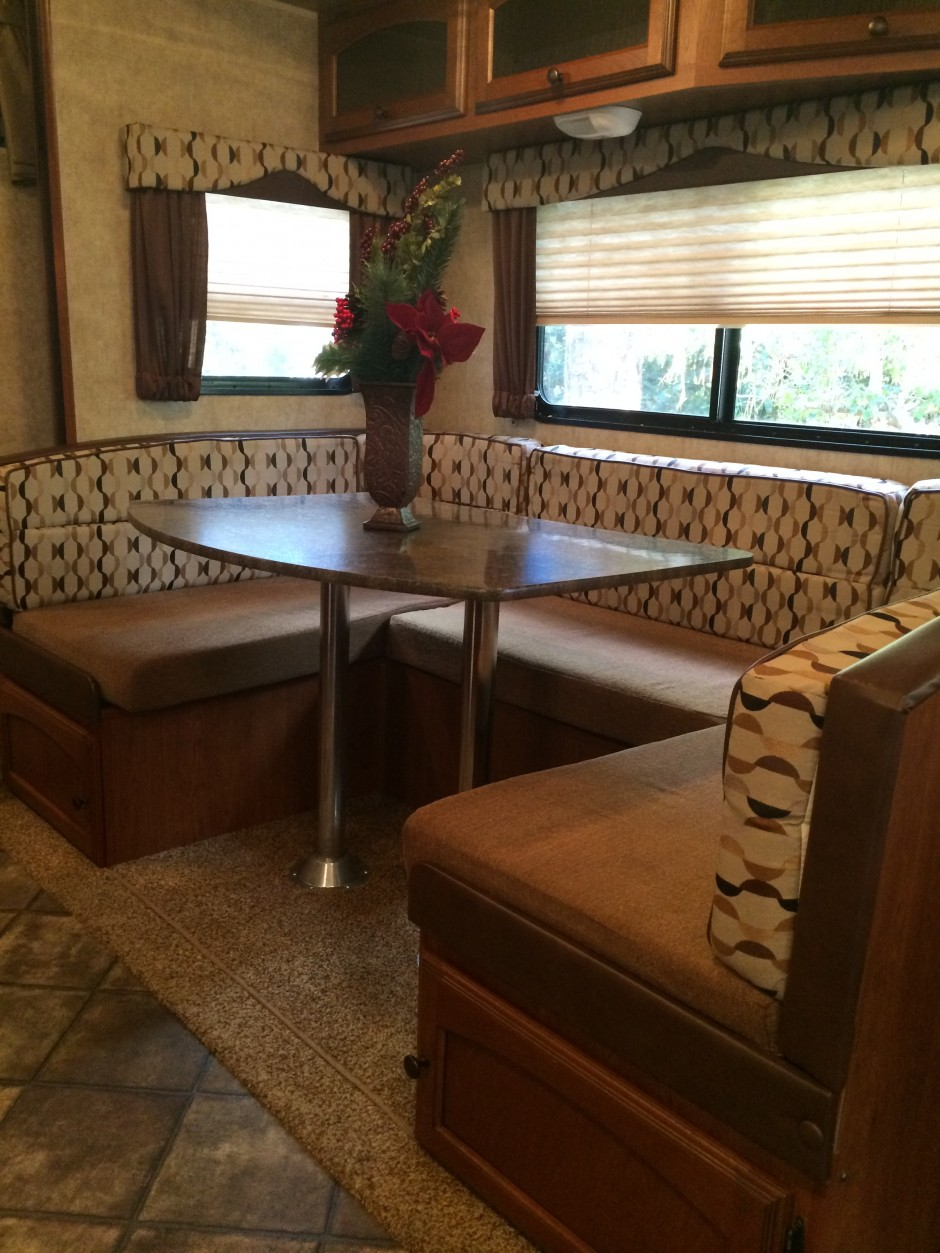 Meacham's RV Disney Fort Wilderness Resort Camper kitchen table