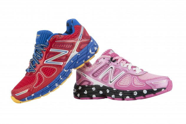 2014-Limited-Edition-New-Balance-runDsiney-860v4-Mickey-and-Minnie-631x421