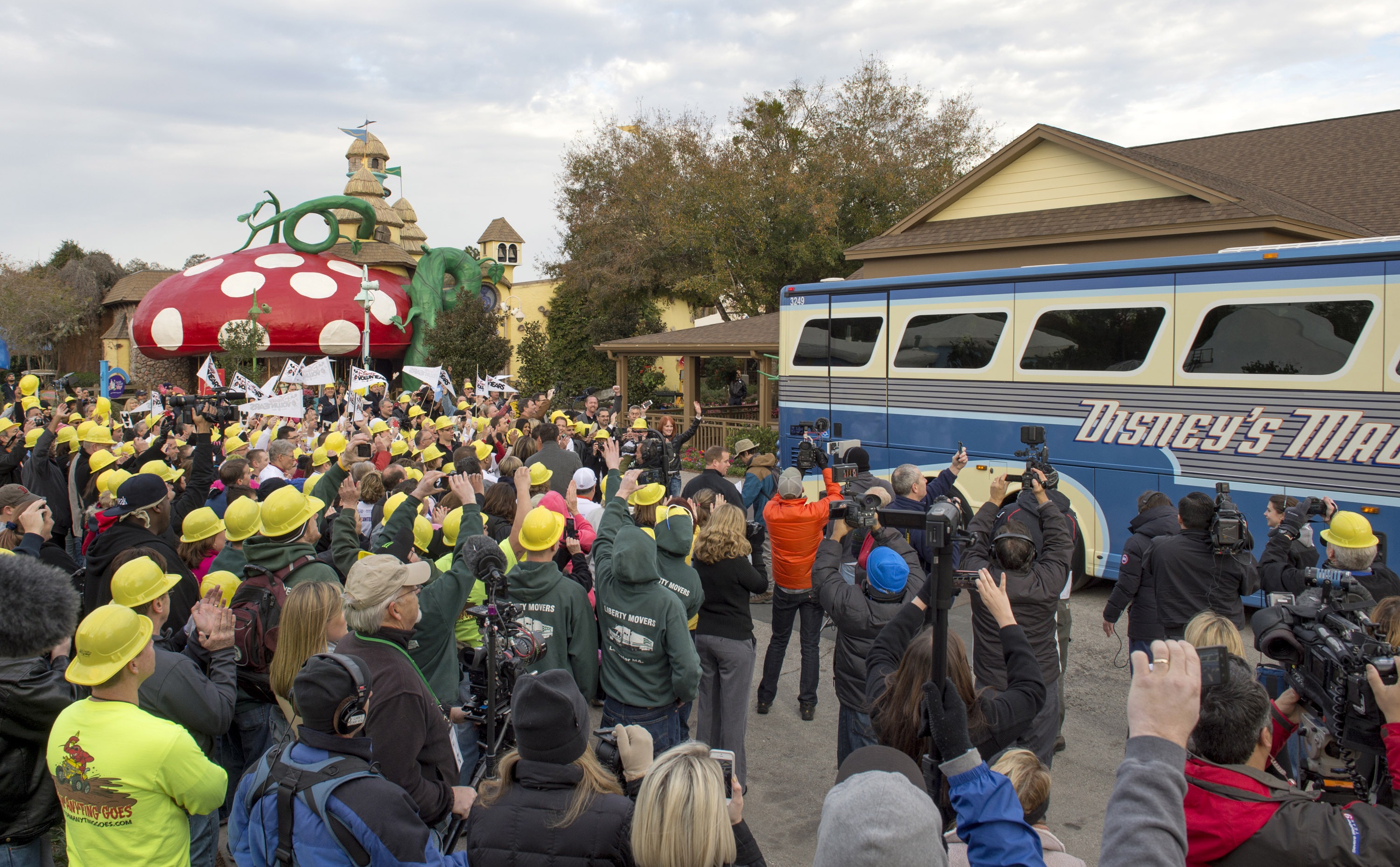 Extreme Makeover Disney Give Kids The World Village Bus