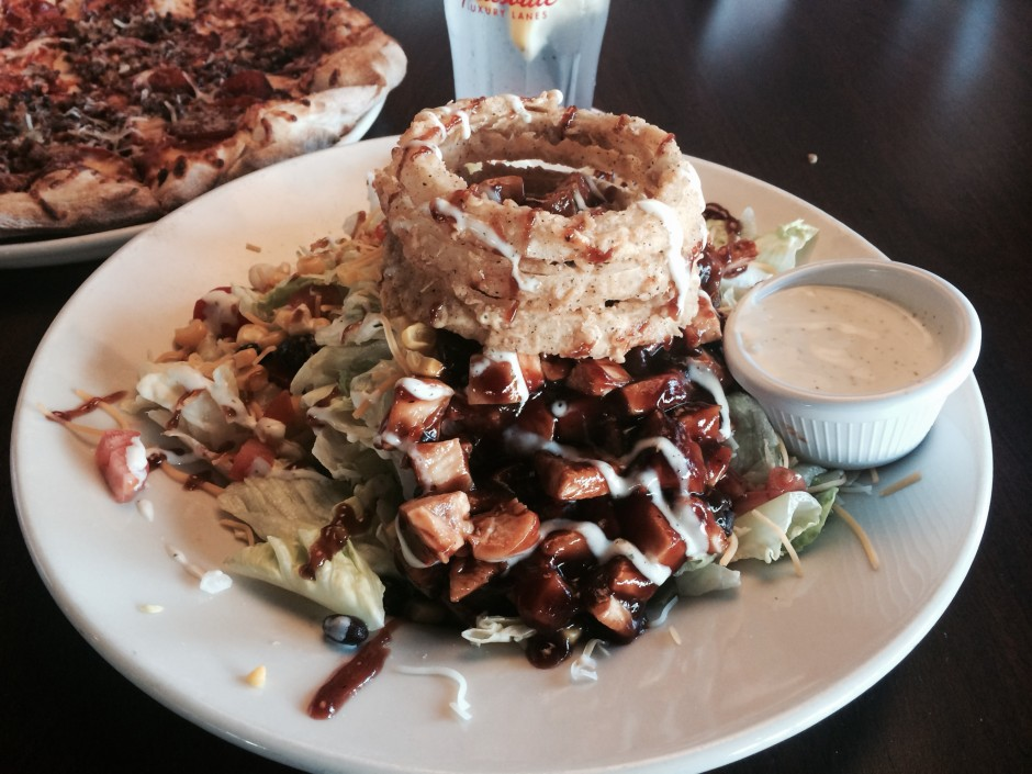 splitsvile bbq chicken salad downtown disney