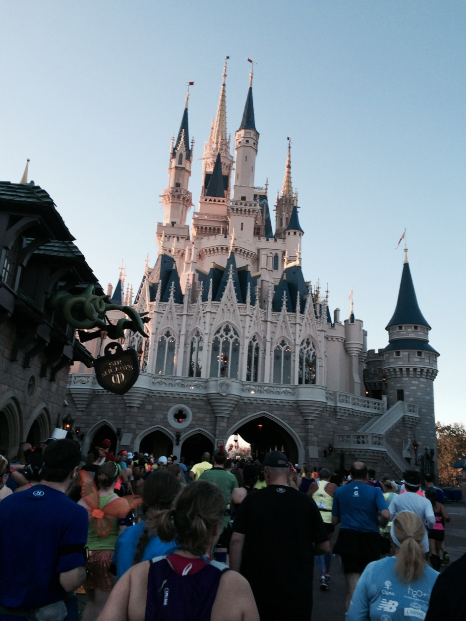 2014 runDisney walt disney world marathon magic kingdom castle