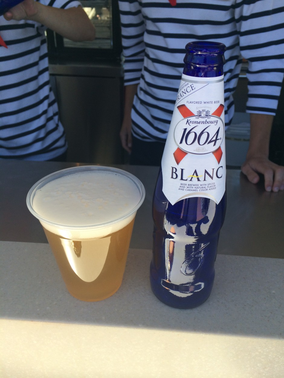 2014 epcot international flower and garden festival outdoor kitchen france fleur de lys Kronenbourg Blanc 1664 beer