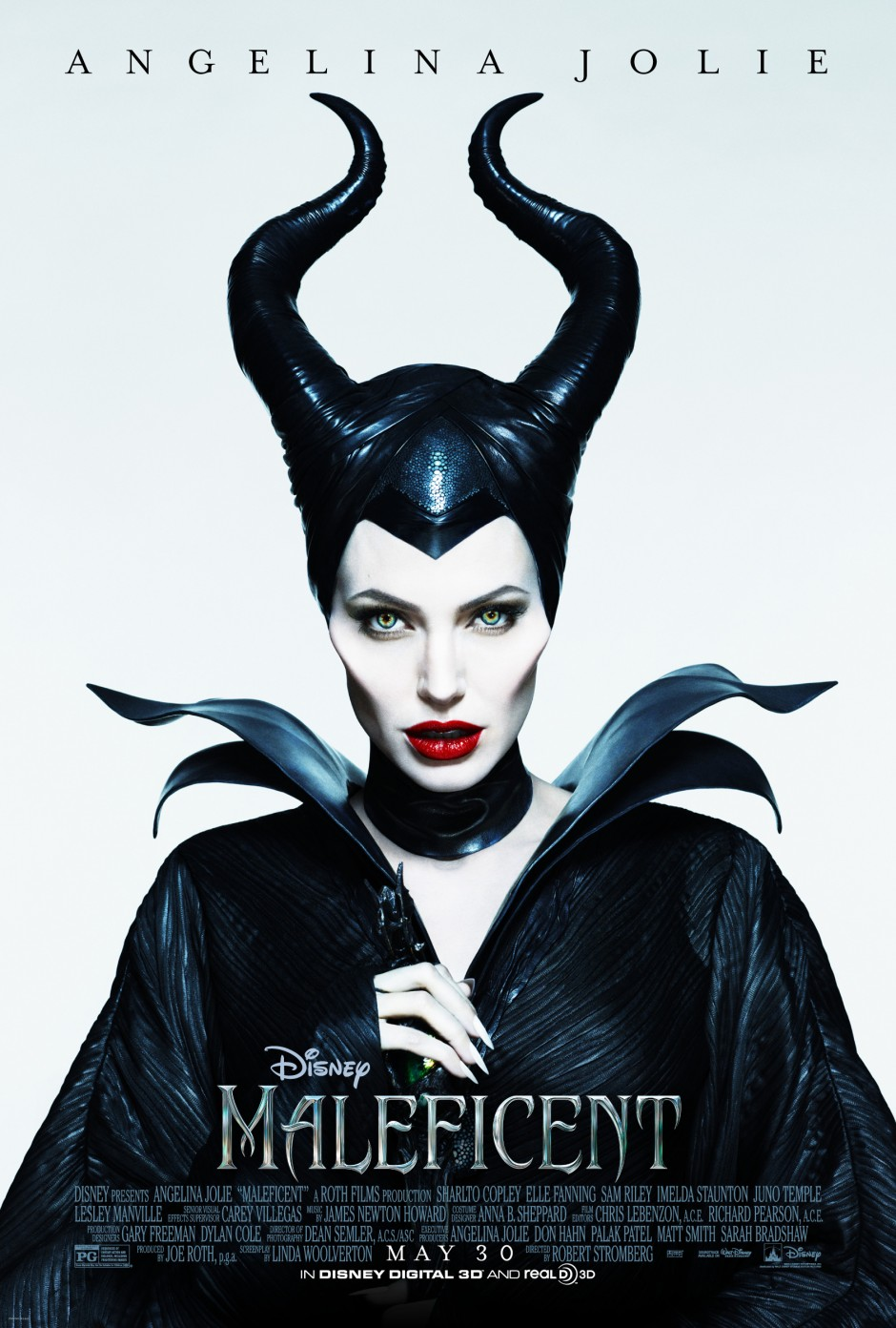 "New Disney ""Maleficent"" Movie Trailer Featuring Angelina Jolie and a Twitter Surprise"
