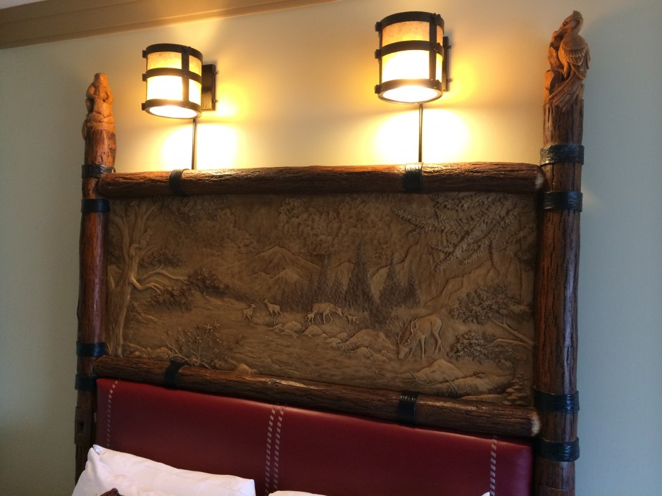 Disney wilderness lodge resort room bed headboard