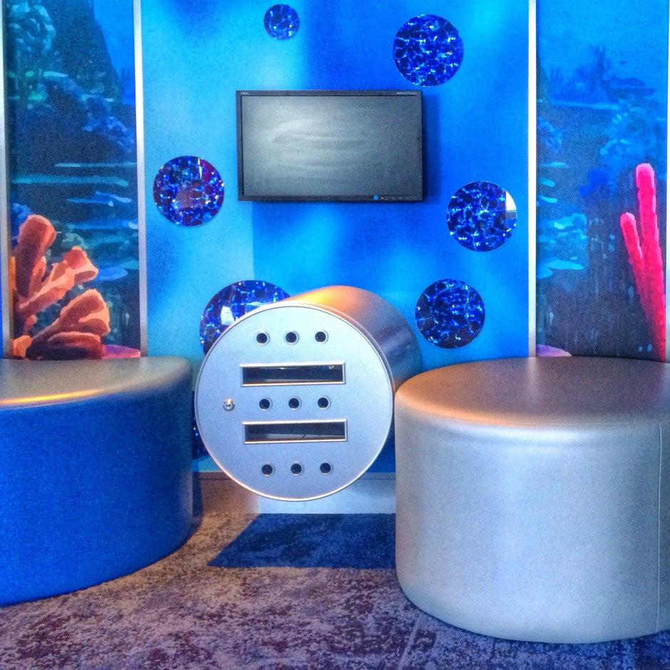 carnival cruise line freedom camp ocean kids club sting rays room