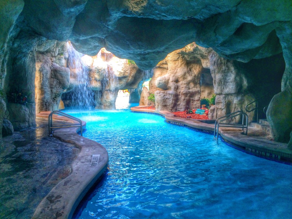 Theme Parks By Day And Luxury At Night Review Of The