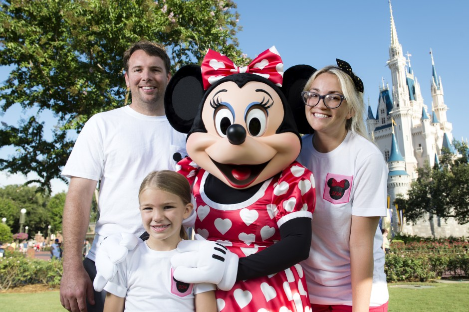 Jamie Lynn Spears and Family at the Magic Kingdom