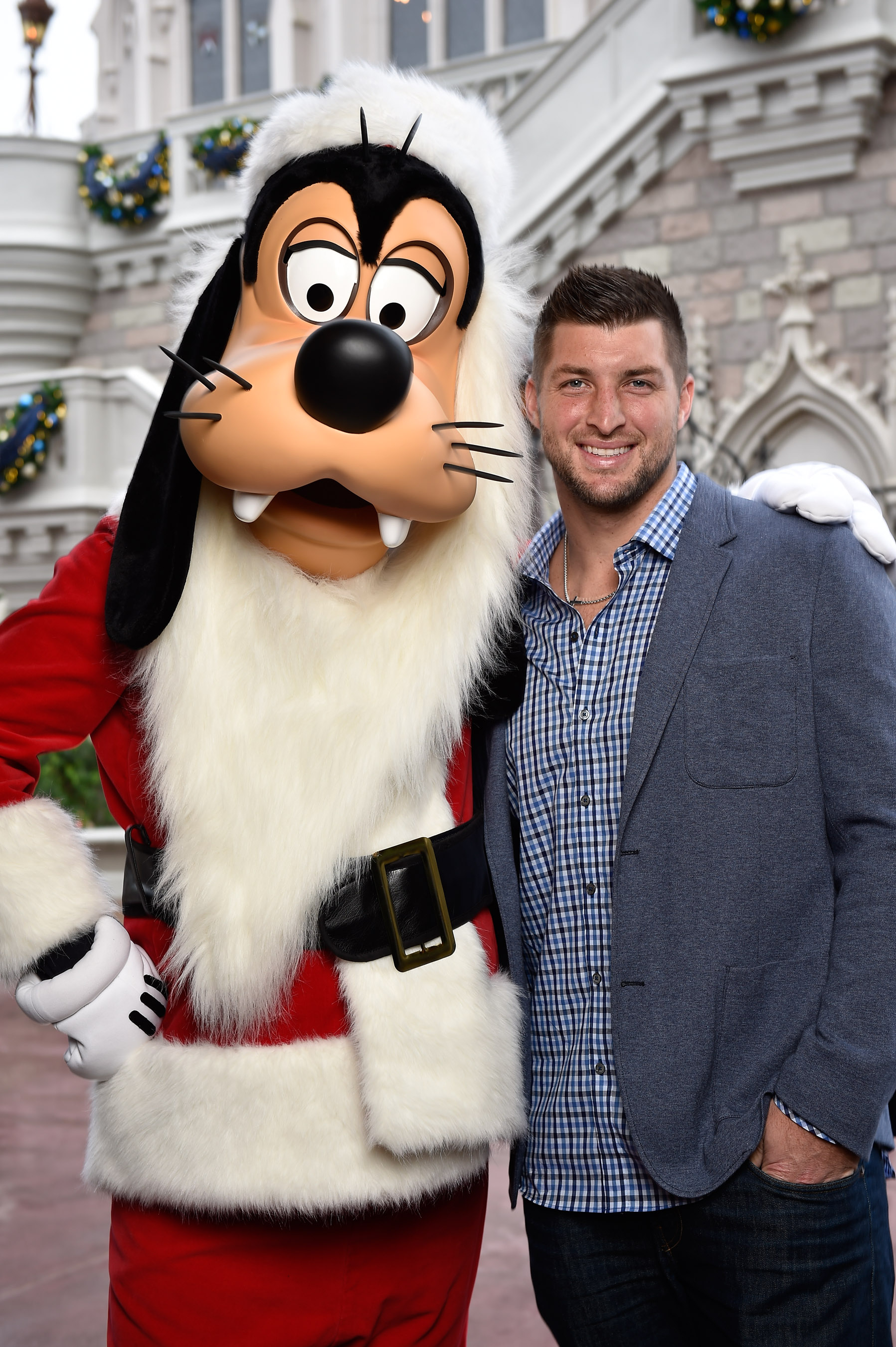 tim tebow disney christmas parade 2014