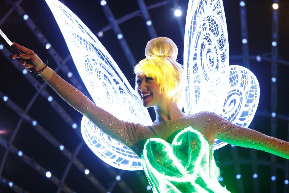 Tinker-Bell-in-Paint-the-Night-Parade-Disneyland