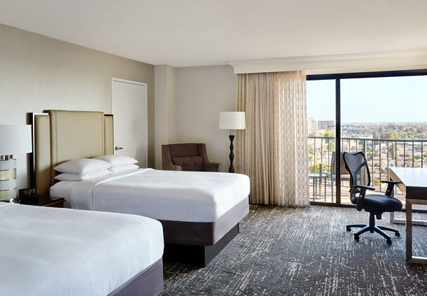 Anaheim Marriott Guest Room