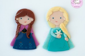 FROZEN Anna and Elsa Disney Cake Toppers