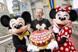 Alan Cumming Celebrates 50 Years at the Walt Disney World Resort
