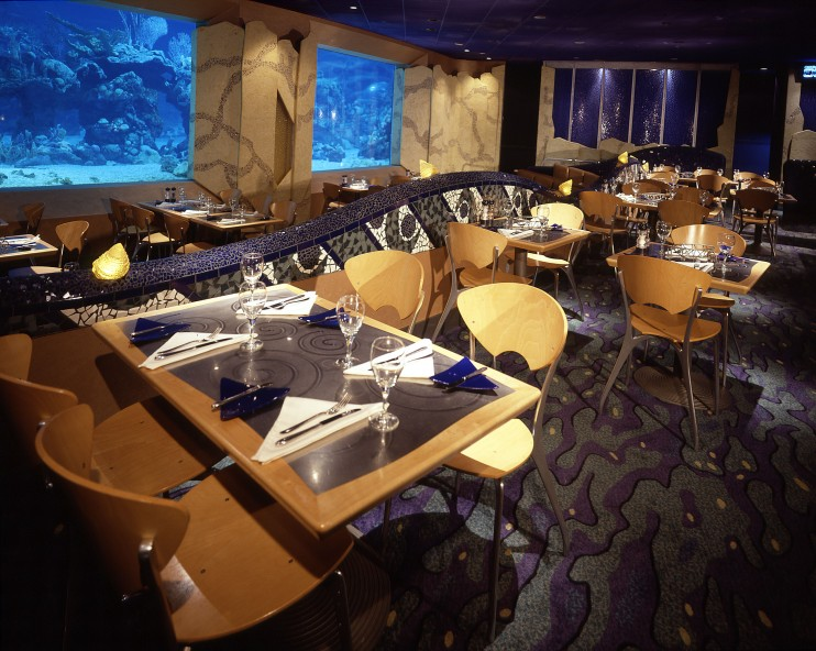 10 Of The Dishes That Have Never Left Walt Disney World