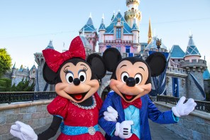 Mickey Minnie Mouse Disneyland Diamond Celebration