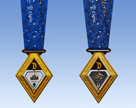 2015 runDisney Disneyland Half Marathon Weekend Medal