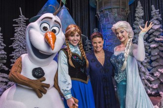 FROZEN's Idina Menzel Is at the Walt Disney World Resort
