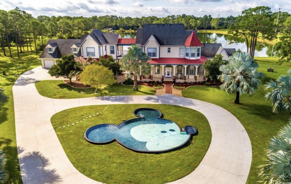 Miraculous Disney Dream Home Hidden Mickey Mouse Mansion In Palm Bay Download Free Architecture Designs Scobabritishbridgeorg