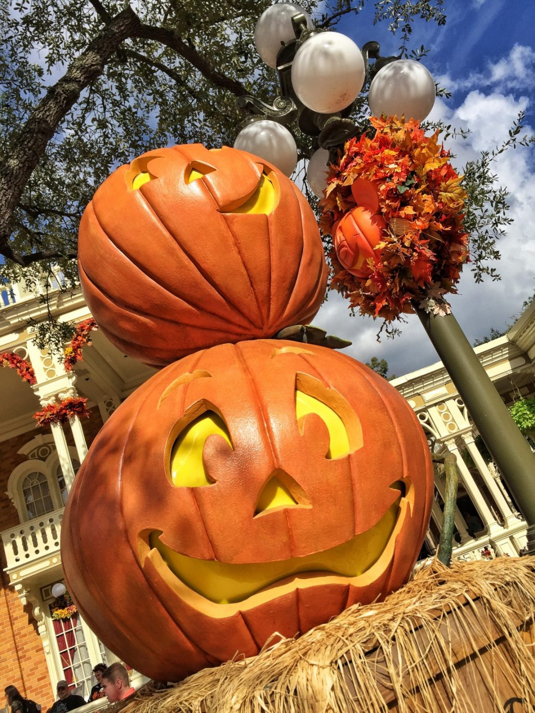 Halloween In Disneyland 2019.2019 Dates And Discount Ticket Prices For Mickey S Not So